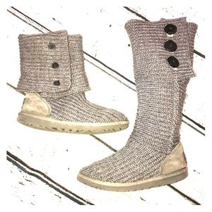 Sweater Knit Ugg Shoes Size 6